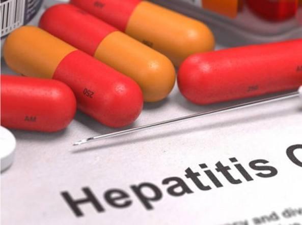 """Epatite C: """"Ripartire con screening e trattamenti dopo i rallentamenti dovuti alla pandemia"""""""