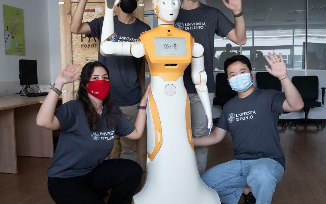 Robot, da UniTrento il primo umanoide sociale per l'assistenza agli anziani